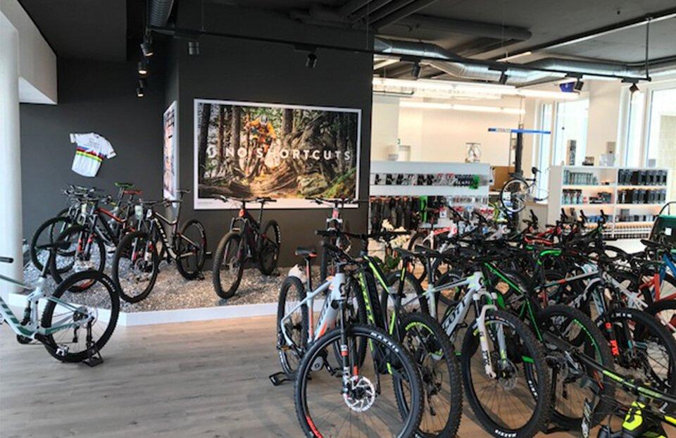 Velolounge - Zürich-Kloten: Geschäft